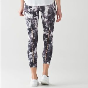 Lululemon High Times Obscurred Black Dusty Mauve